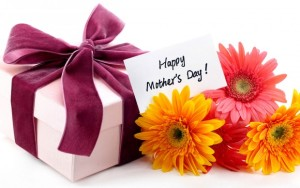 Happy-Mothers-day-gift-card-with-flowers-620x388